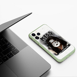 Чехол iPhone 11 Pro матовый KISS: Adult spaceman wig цвета 3D-салатовый — фото 2