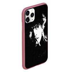 Чехол iPhone 11 Pro матовый Цой с сигаретой цвета 3D-малиновый — фото 2