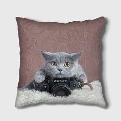 Подушка квадратная Котик фотограф цвета 3D — фото 1