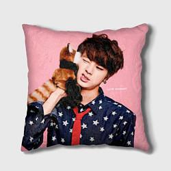 Подушка квадратная BTS: Love Me цвета 3D-принт — фото 1