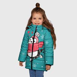 Куртка зимняя для девочки Пингвинчик на коньках цвета 3D-черный — фото 2