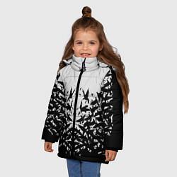 Детская зимняя куртка для девочки с принтом Птичий вихрь, цвет: 3D-черный, артикул: 10115627906065 — фото 2