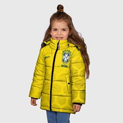 Детская зимняя куртка для девочки с принтом Brazil Team: WC 2018, цвет: 3D-черный, артикул: 10154615706065 — фото 2