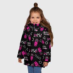 Куртка зимняя для девочки Игра в кальмара: Паттерн цвета 3D-черный — фото 2