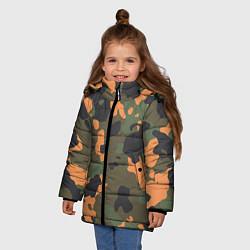 Куртка зимняя для девочки Камуфляж: хаки/оранжевый цвета 3D-черный — фото 2