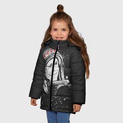 Куртка зимняя для девочки Гагарин в космосе цвета 3D-черный — фото 2