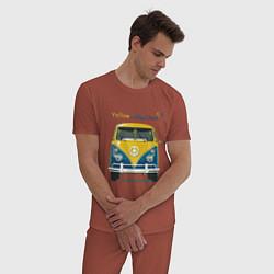 Пижама хлопковая мужская Я люблю вас Yellow-blue bus цвета кирпичный — фото 2