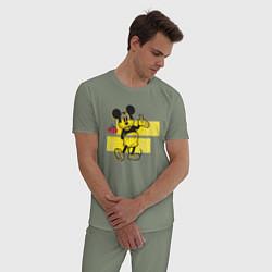 Пижама хлопковая мужская Микки Маус 1928 цвета авокадо — фото 2