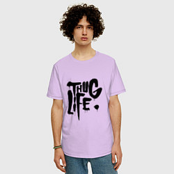 Мужская удлиненная футболка с принтом Thug Life, цвет: лаванда, артикул: 10145997905753 — фото 2