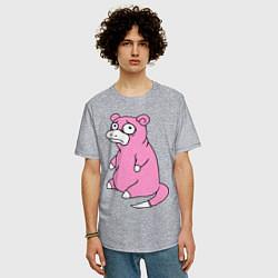 Мужская удлиненная футболка с принтом Грустный слоупок, цвет: меланж, артикул: 10016899405753 — фото 2