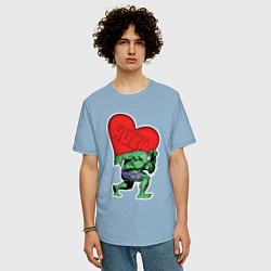 Футболка оверсайз мужская Hulk Heart цвета мягкое небо — фото 2
