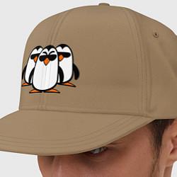 Кепка-снепбек Банда пингвинов цвета миндальный — фото 1
