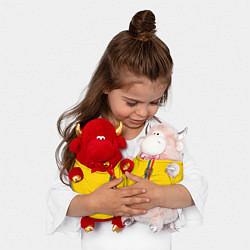 Игрушка-бычок Молдавия: лента с гербом цвета 3D-красный — фото 2