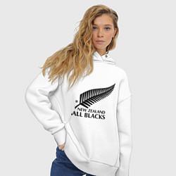 Толстовка оверсайз женская New Zeland: All blacks цвета белый — фото 2