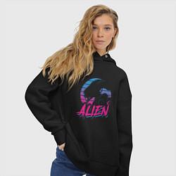 Толстовка оверсайз женская Alien: Retro Style цвета черный — фото 2