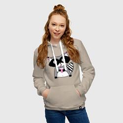 Женская толстовка с капюшоном с принтом Енот-девочка, цвет: миндальный, артикул: 10039727404264 — фото 2