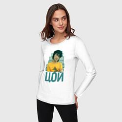 Лонгслив хлопковый женский Цой цвета белый — фото 2
