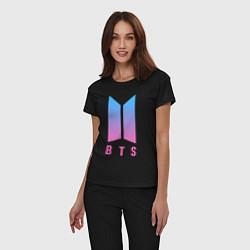 Пижама хлопковая женская BTS: Neon V цвета черный — фото 2